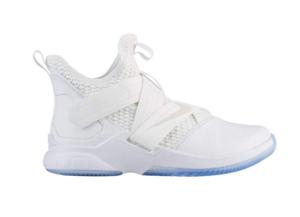 Basketball Shoe  Nike Men's Lebron Soldier XII