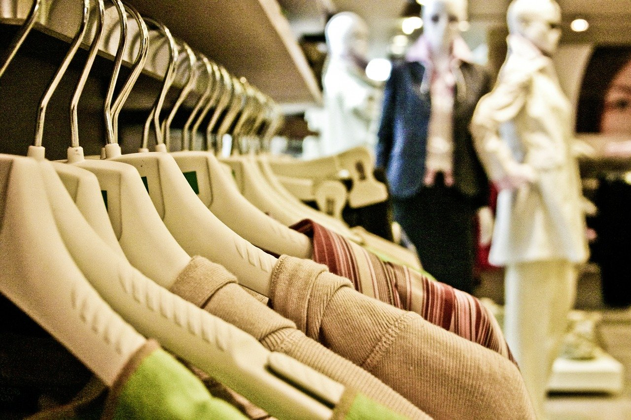 Should you buy luxury clothing online
